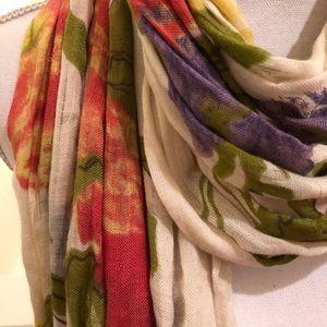Floral scarf - lightweight